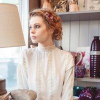 Фотосессия в цветочном бутике3 :: Денис Обухов