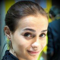 девушка,а глазки-пожалуйста :: Олег Лукьянов