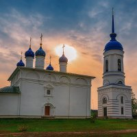 Закат в Гремячево :: Людмила Лебедева