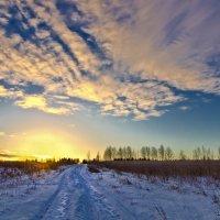 Зимний рассвет :: Валерий Талашов