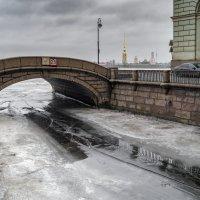 Весна на Зимней канавке :: Valeriy Piterskiy