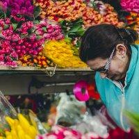 Скрытый репортаж на рижском рынке :: Виктория Владимировна