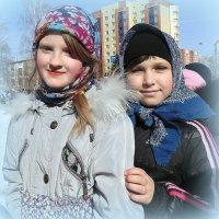 """Девочки из воскресной школы на гуляньи  """" Проводы зимы """" :: Мила Бовкун"""