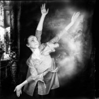 Танцы на стеклах :: Катерина Демьянцева