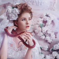 7436 :: Лина Любимова