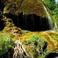 Пещера под названием Зонтики :: Анна