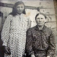 Мать и дочь. 1933 год. :: Нина Корешкова