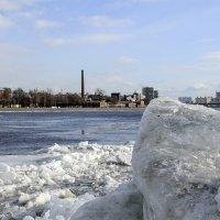 Лед на Неве :: VL