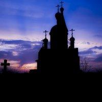 Церковь на закате :: Александр Семеняка