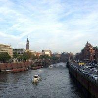 Гамбург утром :: Эльдар (Eldar) Байкиев (Baykiev)