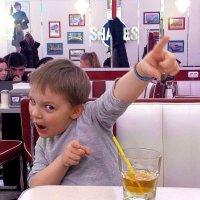 Ура,разрешили мороженое. :: Анастасия Алёшина