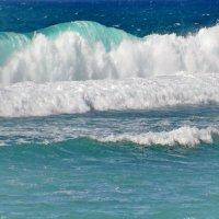 Волна :: Demian