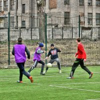 Мальчишки играют в футбол. :: Валентина ツ ღ✿ღ