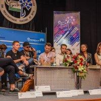 пресс конференция :: Виктор Николаев