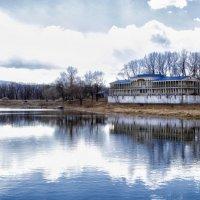 Reflection in water :: Дарья Накрайникова