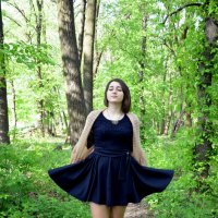 Прогулка по лесу :: Юлия Савицкая