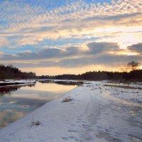 Солнце село за рекою, в небе красок акварель. :: Павлова Татьяна Павлова