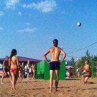 Волейол на пляже :: Владимир Ростовский