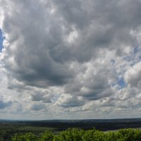 Облака над лесом :: Сергей Тагиров