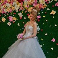 Примерка платья невесты :: Albina