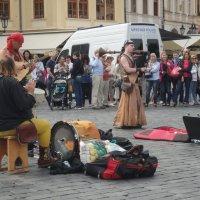 Народные музыканты на улицах Праги :: Галина Оболдина