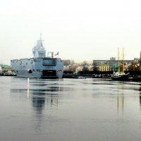 ,,Мистраль,, на Неве :: Сергей