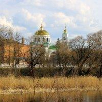 Над городом, как прежде, в пору ясную,сверкают золотые купола. :: Валентина ツ ღ✿ღ