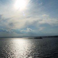Солнечная дорожка :: Лариса Коломиец