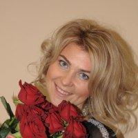 Портрет с розами :: Сергей Тагиров