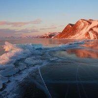 Утренние краски Байкала :: Дмитрий Сенотрусов