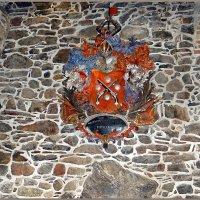 Рыцарский герб семейства Пистолькорс :: Вера