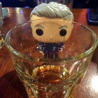 Виски и квадратная голова... :: Елена