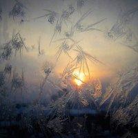 Зимним вечером в окно :: Сергей Чиняев