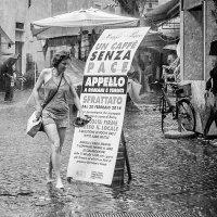 В Риме дождь :: Сергей Михайлов
