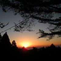 Закат в  горах Тайваня :: Виталий  Селиванов