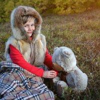 Саша и медведь) :: Елена Волгина
