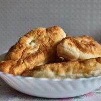 Пироги в тарелке с мясом и рисом :: Сергей Черепанов