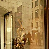 Витрины в Венеции :: Galina Belugina