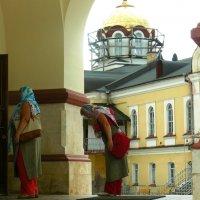 Н.Афон, у храма :: Леонид Натапов