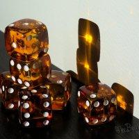 Янтарные кости Судьбы :: Alex Bezvetrenniy