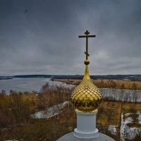 Купол над алтарём. :: Виктор Евстратов