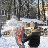 "Играем в ""снежки"" не по детски :: Анна Смирнова"