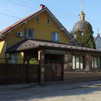 Жилищно - офисный  дом  в  Ивано - Франковске :: Андрей  Васильевич Коляскин