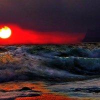 закат в последних лучах солнца :: viton