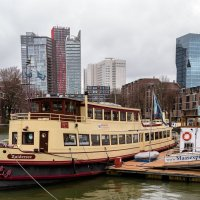 В порту, Роттердам :: Witalij Loewin