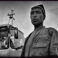 Водитель рейсового автобуса. :: Леонид Кудрейко