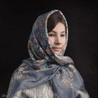 Портрет девушки в павловопосадском платке :: Victor Brig