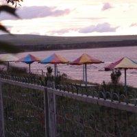 Озеро Шира. Пляж вечером. :: Галина