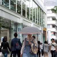 Токио. Зонт от взглядов :: Олег Неугодников