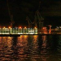 Ночной порт :: M Marikfoto